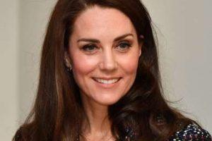 Kate Middleton não está grávida de 4º filho, afirma porta-voz da realeza