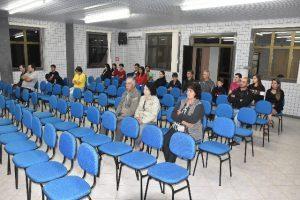 Professores pedem autorização para usar transporte escolar em Luisburgo