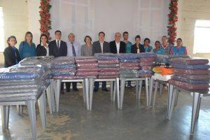OAB Manhuaçu doa cobertores para o Centro de Apoio à Família