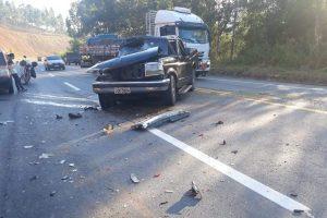 Santa Bárbara do Leste: Colisão deixa um ferido na BR 116
