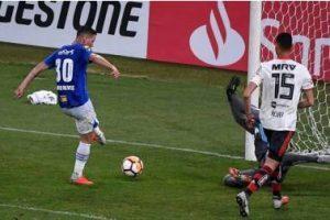 Libertadores: Cruzeiro perde para o Flamengo mas garante vaga