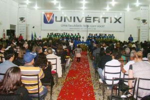Univértix forma novos Engenheiros Civis e Médicos Veterinários