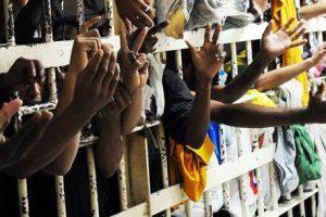 Empresas contratadas pelo governo deverão reservar vagas para presos