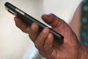 Número de linhas pós-pagas chega a 40% do mercado de telefonia móvel