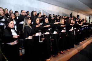 CEM/Unopar formam novos profissionais em Manhuaçu