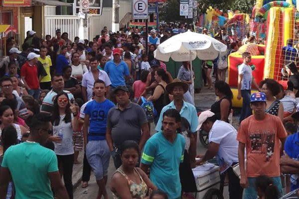 populaçao-manhuacu.jpg