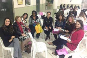 Coordenadores das escolas municipais de Manhuaçu analisam BNCC