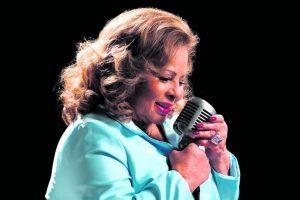 Cantora Ângela Maria morre aos 89 anos