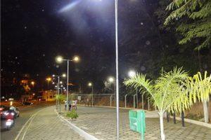 Iluminação da pista de caminhada na BR-262 é inaugurada pela Prefeitura