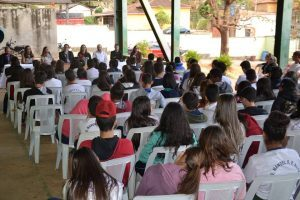 Escola Estadual de Chalé recebe etapa do projeto OAB vai à Escola