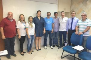 CDL Manhuaçu e AMMEL assinam convênio para serviços aos associados