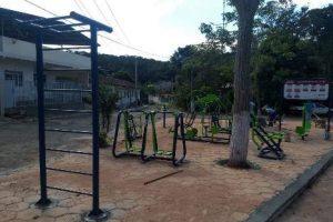 Manhuaçu: Academia ao ar livre é instalada em Realeza