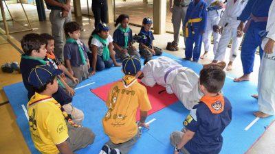 Jogos Olímpicos reúnem escoteiros de três cidades em Manhuaçu