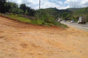 Manhuaçu: Melhorias são realizadas na Estrada da Ponte do Evaristo