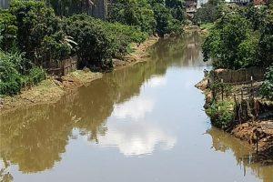 SAMAL realiza nova limpeza no Rio Manhuaçu