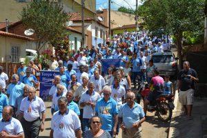 Vermelhenses católicos celebram 8º aniversário do Terço dos Homens