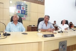 Câmara de Manhuaçu aprova projetos sobre operação de crédito e benefício de aluguel social