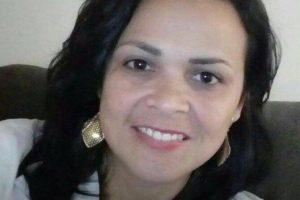 Carro cai em ribanceira e mata moradora de Manhuaçu