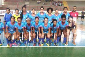 Meninas do MEC ficam em segundo na Copa Vale do Mucuri