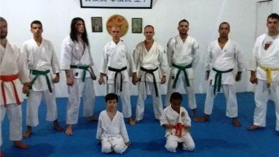 Academia manhuaçuense de Karatê participa de evento em Nova Lima