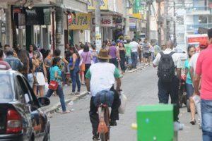 Prefeitura publica decreto que dispõe sobre vedações e restrições ao funcionamento do comércio em Manhuaçu