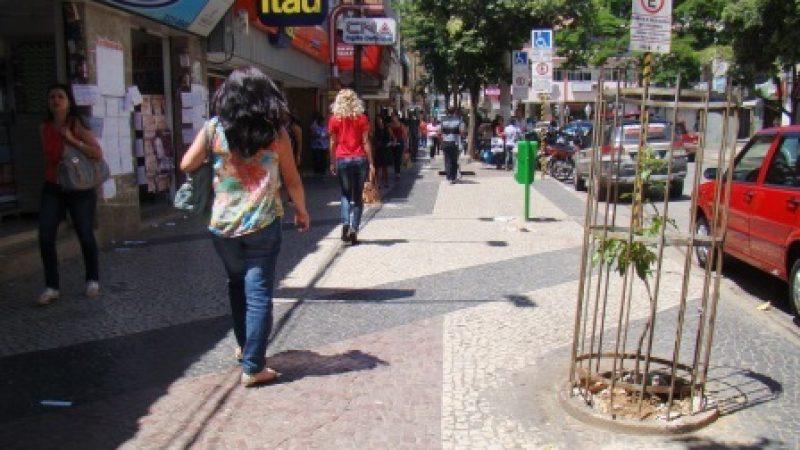 Lixo será recolhido a partir de 21h00 no centro de Manhuaçu