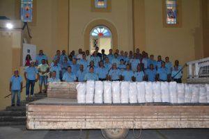 Natal: Terço dos Homens entrega 116 cestas básicas em Manhuaçu