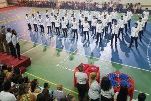 3º ano do ensino médio se forma no Colégio Tiradentes