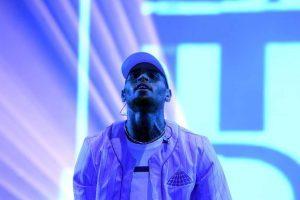 Rapper Chris Brown é detido; Direito de usar nome; Glória Pires deve ganhar R$ 1 milhão; Nego do Borel pede desculpas