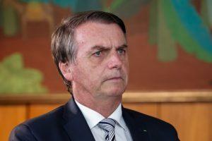 """Bolsonaro revoga pacto e diz que o """"Brasil é que decide se aceita ou não migrantes"""""""
