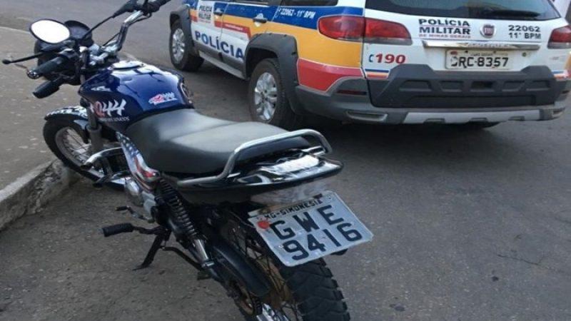 Condutor inabilitado é conduzido pela PM em Simonésia