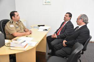 Presidente da Câmara visita PM, PC e Bombeiros para tratar de segurança pública