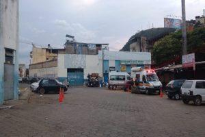 """PM faz """"Operação Proteja seu Bairro"""" na rodoviária de Manhuaçu"""