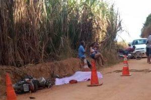 Motociclista é encontrado morto ao lado do veículo