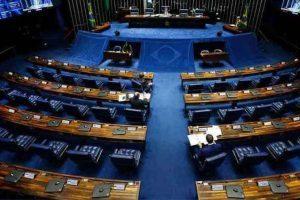 Senadores gastaram R$ 21 milhões com viagens, restaurantes e combustível