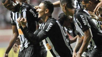 Atlético vence o Tupi pensando na Libertadores