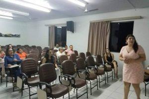 Manhuaçu: Secretária Municipal de Saúde se reúne com médicos da UPA