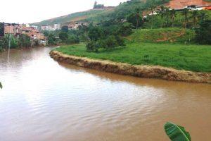 Limpeza no Rio Manhuaçu está quase concluída