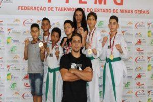 Atletas de Manhuaçu participam do Mineiro de Taekwondo