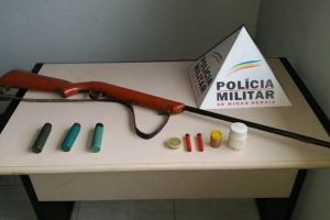 Manhuaçu: PM apreende armas na Vilanova