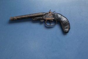 Manhuaçu: Jovem é preso com arma no Santa Terezinha