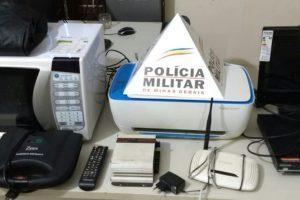 Lajinha: PM recupera produtos furtados em residência e prende autores de furto e de receptação
