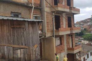 Manhuaçu: Pedreiro morre após sofrer queda de 10 metros de altura