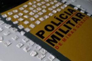 PM apreende 100 papelotes de cocaína em Espera Feliz