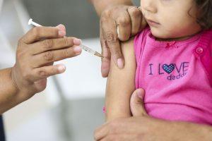 Vacina previne complicações da gripe em grupos de risco
