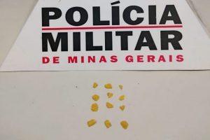 Manhuaçu: 11 pedras de crack são apreendidas na Baixada