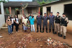 Bombeiros entregam doações a família que perdeu casa em Orizânia