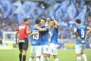 Cruzeiro vence o Atlético no Mineirão. Empate garante bicampeonato