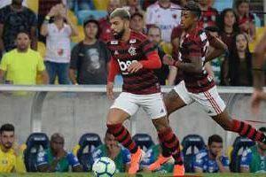 Campeonato Brasileiro: Cruzeiro é derrotado pelo Flamengo: 3 a 1