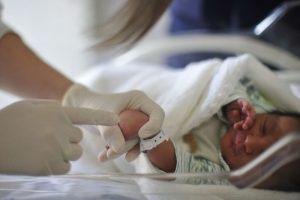 Vida e Saúde: Pediatras pedem fim da obrigatoriedade do Teste da Linguinha